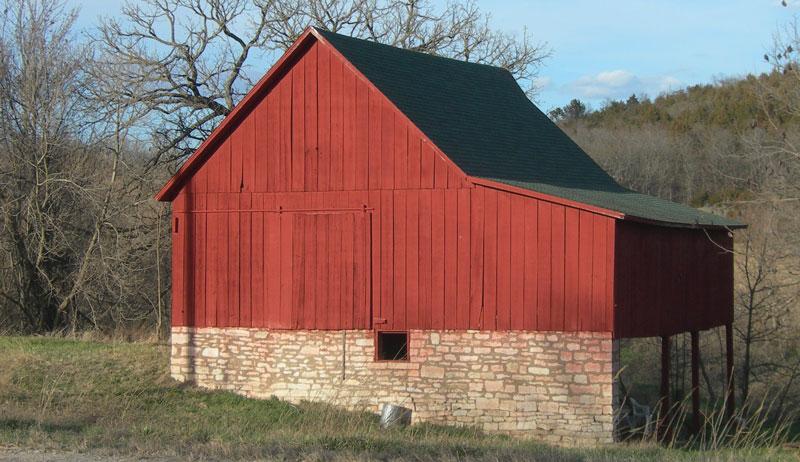 bank style homestead barn