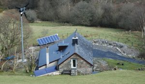 living farming off-grid off the grid