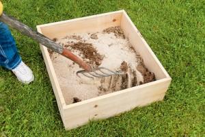 mix dust-bath materials