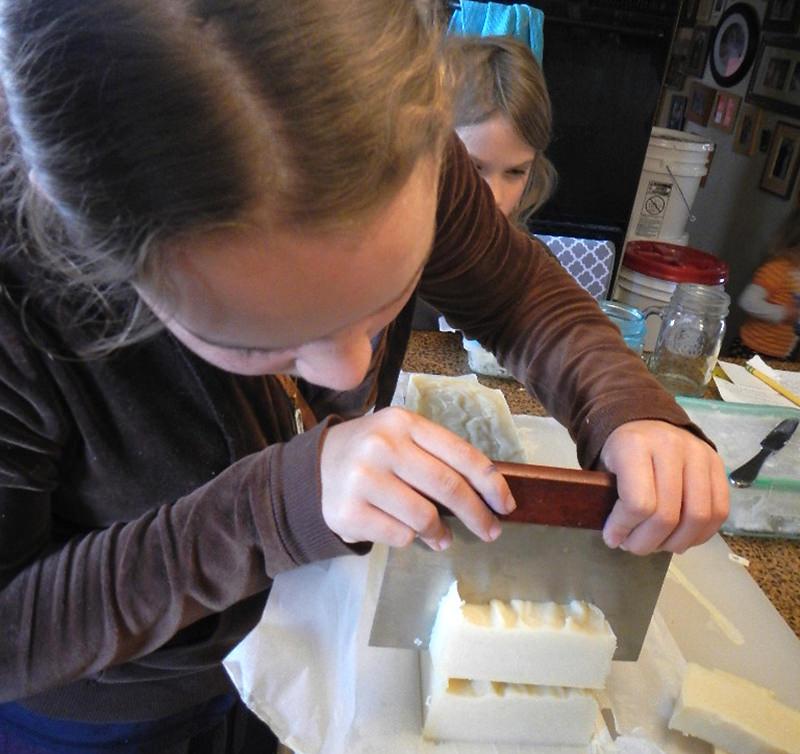 kids making soap