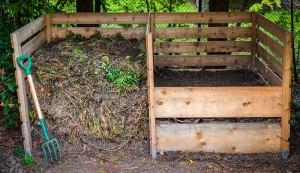 compost smell bin