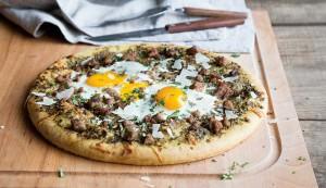 egg and sausage pizza
