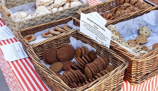vegan cookies, farmers market