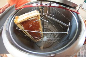 harvest honey extractor
