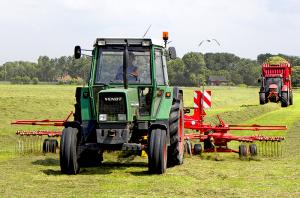 farm equipment rakes