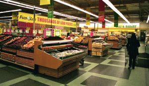 supermarket grocery store farmers market