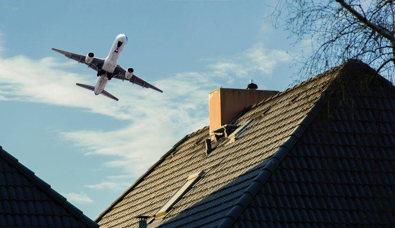 farm sounds airplane
