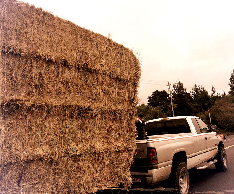 towing tow farm pickup hay
