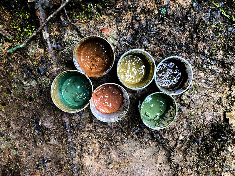 mud paint containers